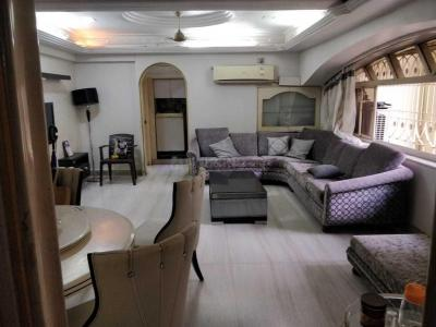 Gallery Cover Image of 1200 Sq.ft 3 BHK Apartment for rent in Borivali West for 75000