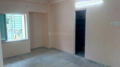 Gallery Cover Image of 900 Sq.ft 2 BHK Apartment for rent in Paschim Putiary for 11000