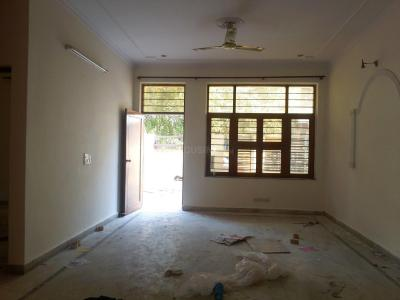 Gallery Cover Image of 1500 Sq.ft 3 BHK Independent House for buy in Sector 23 for 23000000