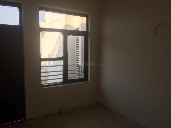 Bedroom Image of 645 Sq.ft 3 BHK Apartment for rent in Sector 88 for 10000