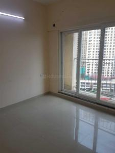 Gallery Cover Image of 884 Sq.ft 2 BHK Apartment for buy in Thane West for 9400000