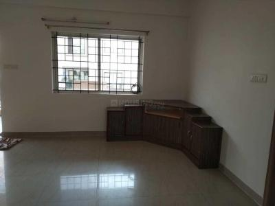 Gallery Cover Image of 1200 Sq.ft 2 BHK Apartment for rent in Mahaveer Seasons, Somasundarapalya for 26000