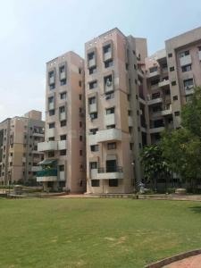 Gallery Cover Image of 1500 Sq.ft 3 BHK Apartment for rent in Magarpatta City for 28000