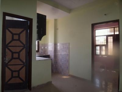 Gallery Cover Image of 750 Sq.ft 2 BHK Apartment for buy in Sector 91 for 1500000