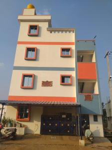 Gallery Cover Image of 3040 Sq.ft 7 BHK Independent House for buy in Kammasandra for 7500000