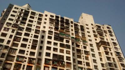 Gallery Cover Image of 855 Sq.ft 2 BHK Apartment for buy in Nirmal Life Style Complex Topaz, Mulund West for 13300000