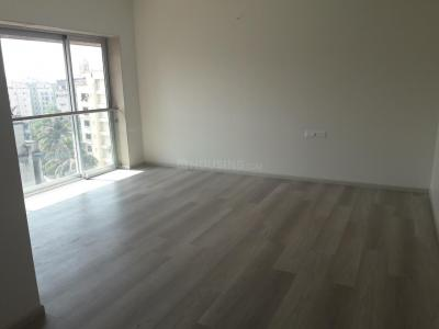 Gallery Cover Image of 1900 Sq.ft 4 BHK Apartment for buy in Khar West for 80000000