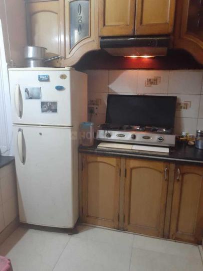शाहदरा में निगलनी पीजी हाउस के किचन की तस्वीर