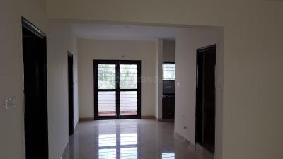 Gallery Cover Image of 1285 Sq.ft 2 BHK Apartment for rent in Shri Abhiram Emerald Creek, Somasundarapalya for 21000