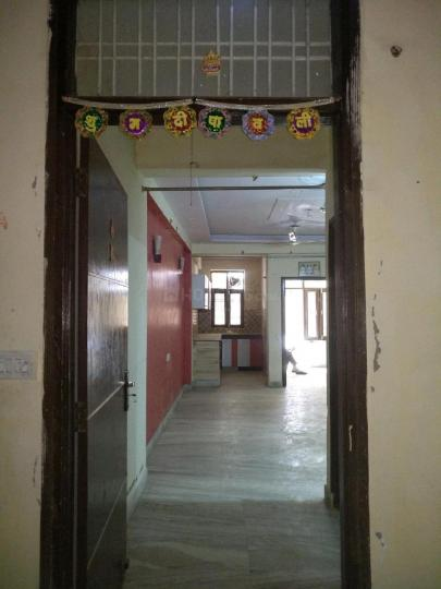 Main Entrance Image of 900 Sq.ft 2 BHK Apartment for rent in Dayal Bagh Colony for 8000