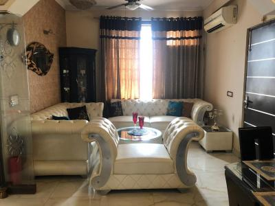 Gallery Cover Image of 1728 Sq.ft 2 BHK Independent Floor for buy in Sector 52 for 8500000