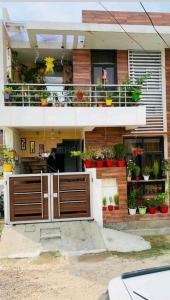 Gallery Cover Image of 995 Sq.ft 2 BHK Independent House for buy in Alambagh for 3681000