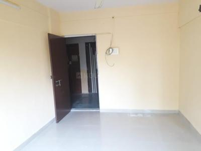 Gallery Cover Image of 575 Sq.ft 1 BHK Apartment for rent in Tulsidham Complex, Thane West for 15000