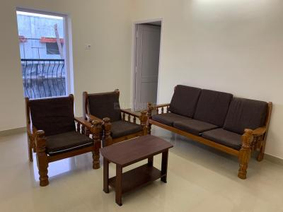 Gallery Cover Image of 1400 Sq.ft 3 BHK Independent Floor for rent in Thiruvanmiyur for 30000