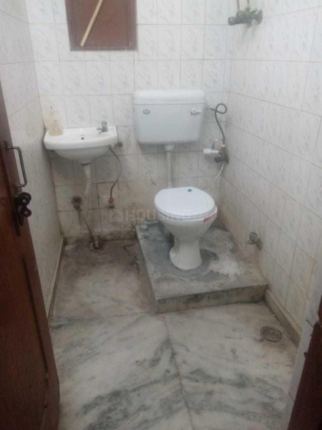 Bathroom Image of 575 Sq.ft 1 BHK Independent Floor for rent in Vaishali for 11000