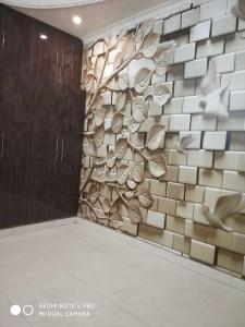 Gallery Cover Image of 800 Sq.ft 2 BHK Independent Floor for buy in Vasundhara for 3300000