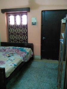 Gallery Cover Image of 720 Sq.ft 2 BHK Independent Floor for rent in Behala for 20000