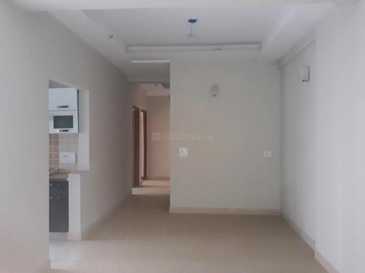 Living Room Image of 1550 Sq.ft 3 BHK Apartment for buy in Mahagun Moderne, Sector 78 for 9300000
