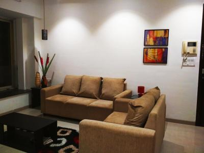 Gallery Cover Image of 877 Sq.ft 2 BHK Apartment for buy in Dosti Blossom, Wadala for 22000000