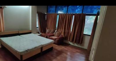 Gallery Cover Image of 1250 Sq.ft 2 BHK Apartment for rent in Koregaon Park for 32000