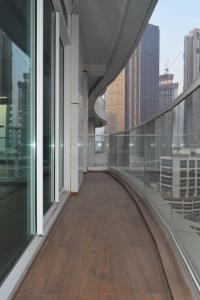 Gallery Cover Image of 2710 Sq.ft 3 BHK Apartment for rent in Lower Parel for 200000