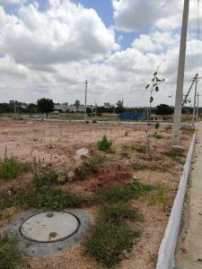 Gallery Cover Image of  Sq.ft Residential Plot for buy in Isnapur for 5400000