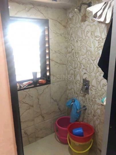 Bathroom Image of Suhas Modi in Kandivali East