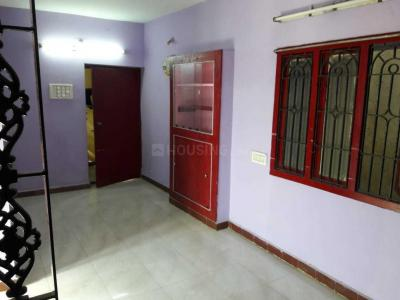 Gallery Cover Image of 750 Sq.ft 2 BHK Apartment for rent in Ambattur Industrial Estate for 11000