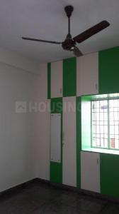 Gallery Cover Image of 1100 Sq.ft 2 BHK Apartment for rent in Velachery for 22000