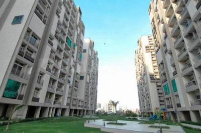 Gallery Cover Image of 2050 Sq.ft 3 BHK Apartment for buy in Pacifica Green Acres, Prahlad Nagar for 10000000