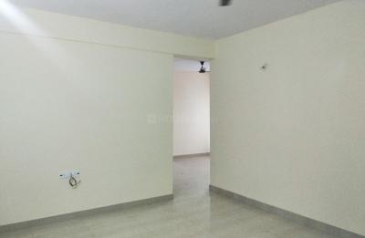 Gallery Cover Image of 1300 Sq.ft 3 BHK Apartment for rent in Hennur Main Road for 19000