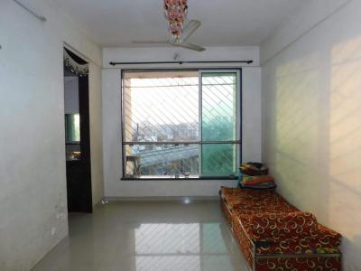 Gallery Cover Image of 635 Sq.ft 1 BHK Apartment for buy in Guru Niwas Apartment, Jogeshwari East for 10500000