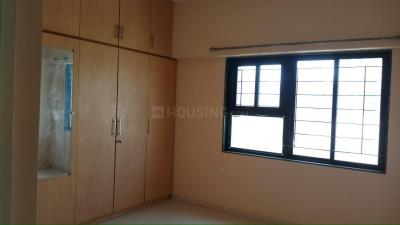 Gallery Cover Image of 1250 Sq.ft 2 BHK Apartment for rent in Satellite for 17000