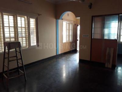Gallery Cover Image of 1500 Sq.ft 3 BHK Independent Floor for rent in J. P. Nagar for 25000