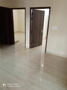Gallery Cover Image of 1800 Sq.ft 3 BHK Independent Floor for rent in Sector 10A for 23000