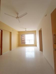 Gallery Cover Image of 750 Sq.ft 2 BHK Apartment for buy in Romell Empress C Wing, Borivali West for 17000000