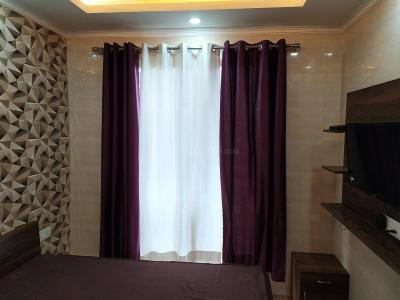 Gallery Cover Image of 210 Sq.ft 1 RK Apartment for rent in Dhoot Time Residency, Sector 63 for 13500