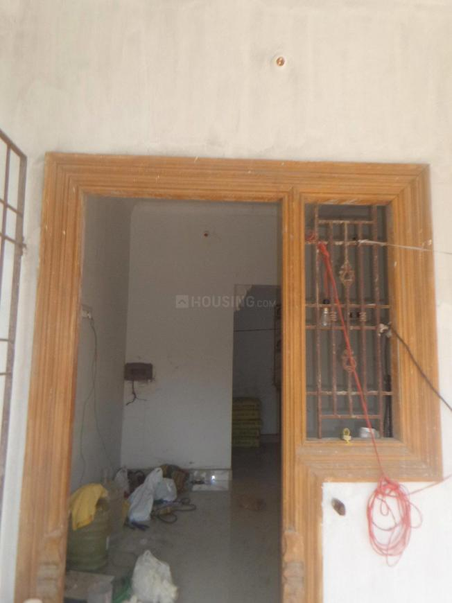 Main Entrance Image of 900 Sq.ft 2 BHK Villa for buy in Veppampattu for 2200000