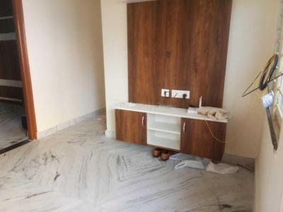 Gallery Cover Image of 750 Sq.ft 1 BHK Apartment for rent in Kondapur for 13000