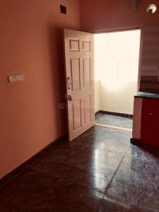 Gallery Cover Image of 650 Sq.ft 1 BHK Independent Floor for rent in Electronic City for 9000
