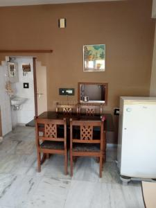 Gallery Cover Image of 1080 Sq.ft 2 BHK Apartment for rent in Memnagar for 20100