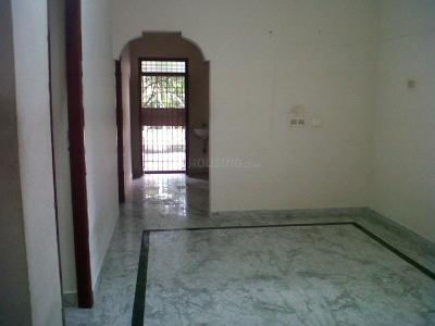 Gallery Cover Image of 900 Sq.ft 2 BHK Independent Floor for rent in Chromepet for 11000