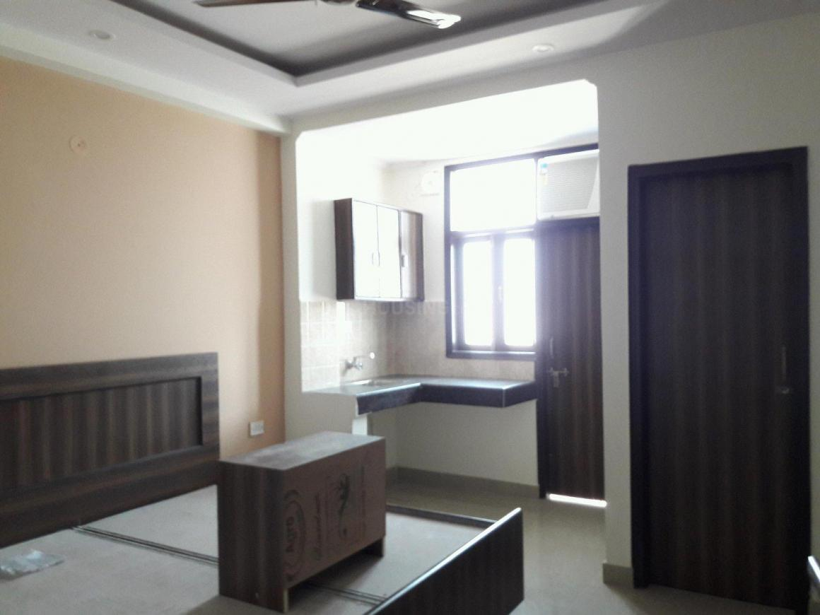 Bedroom Image of 300 Sq.ft 1 RK Apartment for rent in DLF Phase 3 for 14000