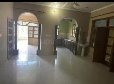 Gallery Cover Image of 4000 Sq.ft 6 BHK Independent House for buy in Sector 12 for 30000000