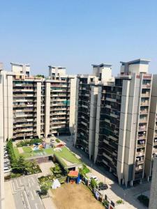Gallery Cover Image of 1170 Sq.ft 2 BHK Apartment for buy in Ganesh Malabar County II, Chharodi for 4650000