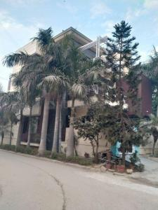 Gallery Cover Image of 1500 Sq.ft 5 BHK Villa for buy in DLF Pink Town House, DLF Phase 3 for 29000000