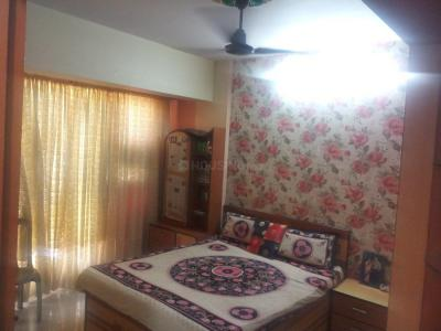 Gallery Cover Image of 2500 Sq.ft 3 BHK Apartment for rent in Kopar Khairane for 45000
