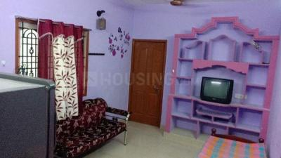 Gallery Cover Image of 700 Sq.ft 1 BHK Independent Floor for rent in  Thoraipakkam, Thoraipakkam for 13000