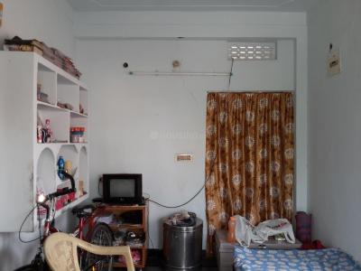 Gallery Cover Image of 430 Sq.ft 1 BHK Apartment for rent in Tarnaka for 5000