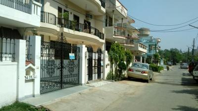 Gallery Cover Image of 900 Sq.ft 3 BHK Independent House for buy in Sector 10 for 12500000